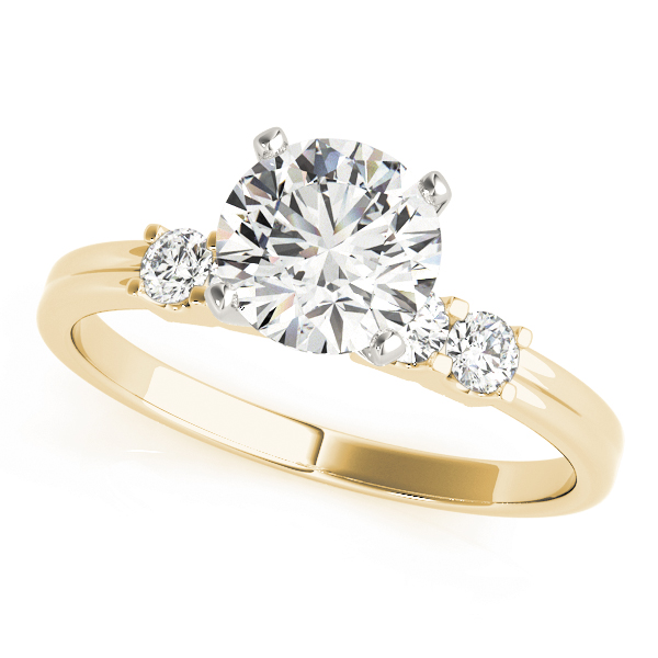 Classic Diamond Engagement Ring in Yellow Gold