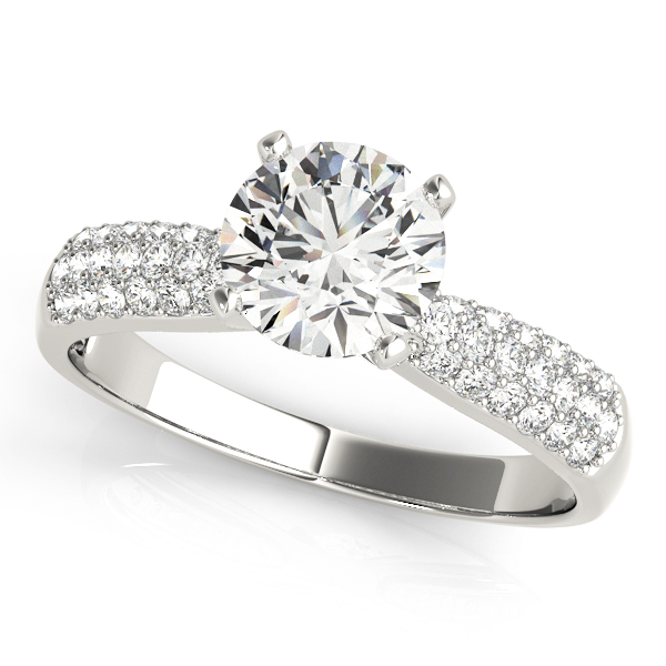 Graduated Etoil Triple Row Diamond Engagement Ring