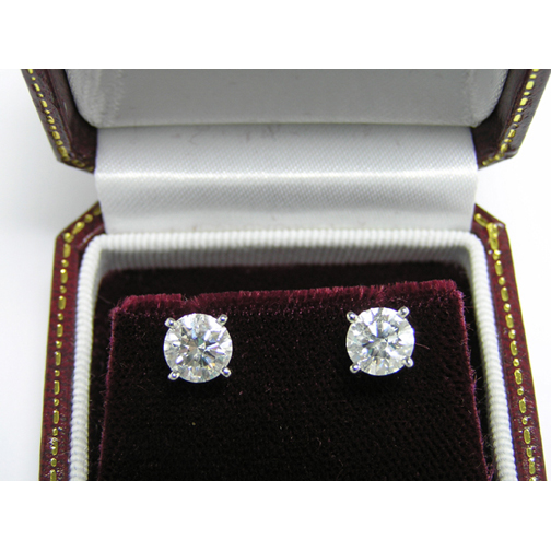 1.40 tcw. Round Diamond Martini Stud Earrings, H SI
