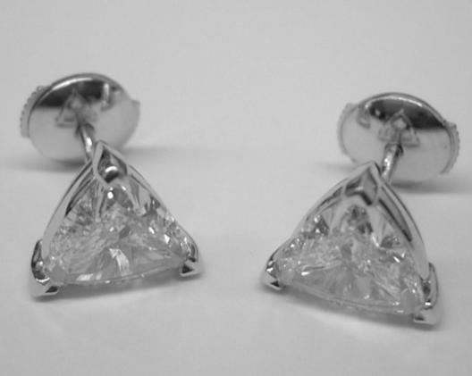 Triangle Diamond Stud Earring 1 Carat TW in 14K White Gold