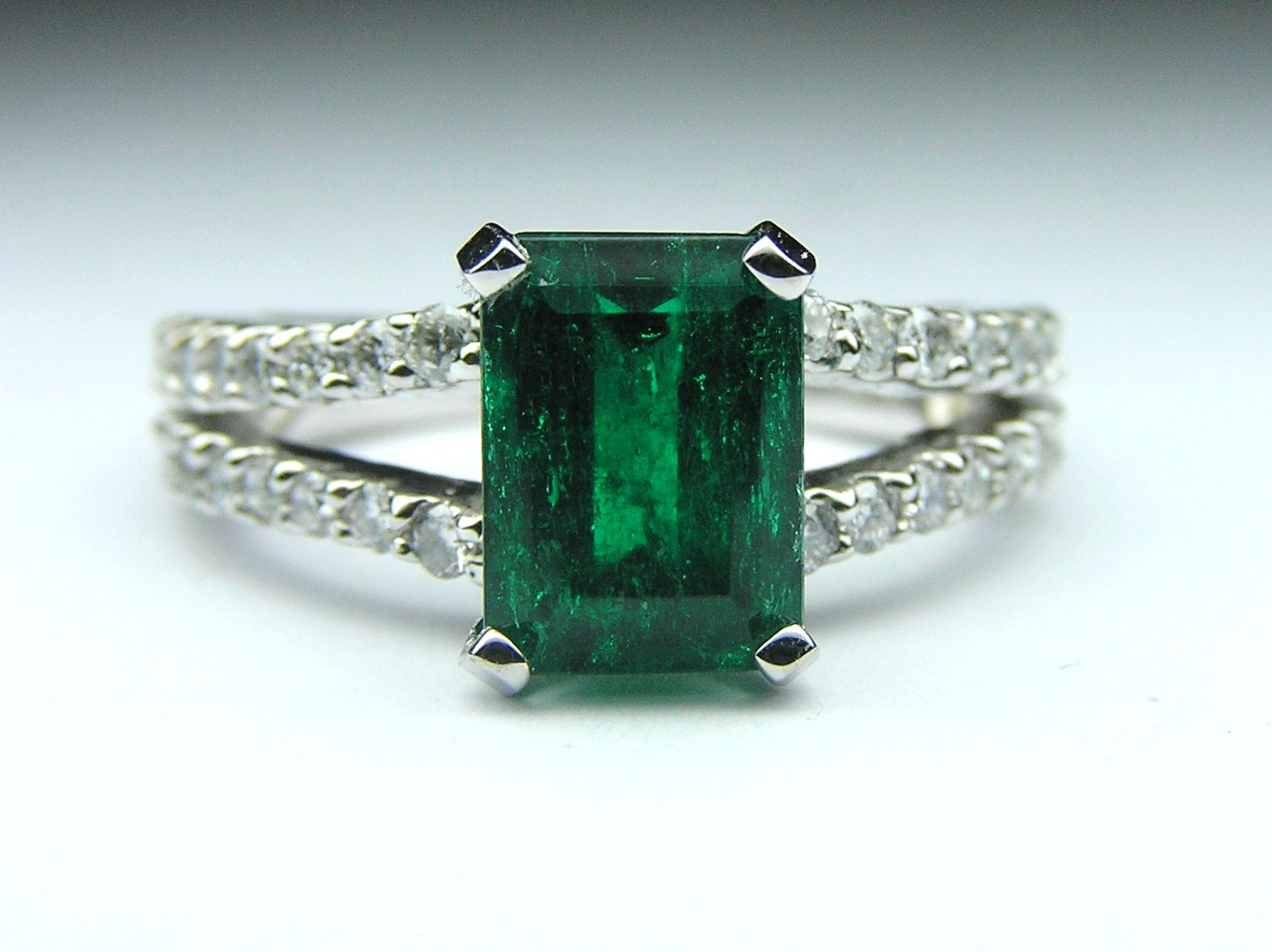 Emerald European Engagement Rings From Mdc Diamonds Nyc