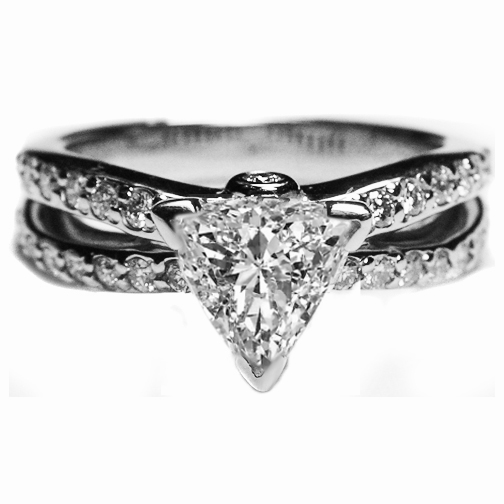 Trillion Diamond Split Band Engagement Ring 0.5 tcw.