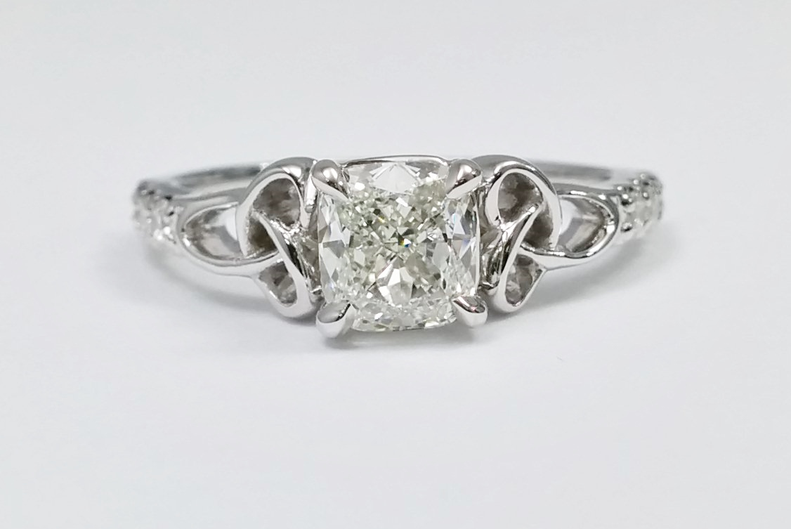Cushion Diamond Celtic Knot Engagement Ring Band