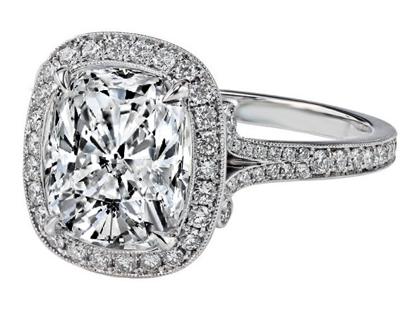 Ballerine Cushion Halo Engagement Ring