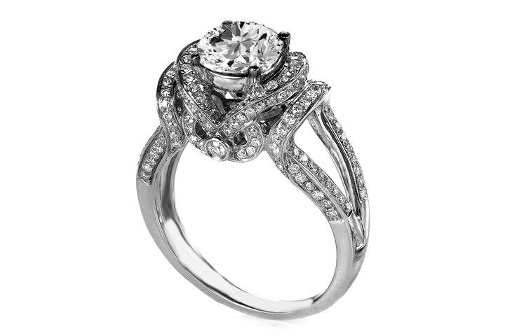 Royal Flare Diamond Engagement Ring in 14K White Gold