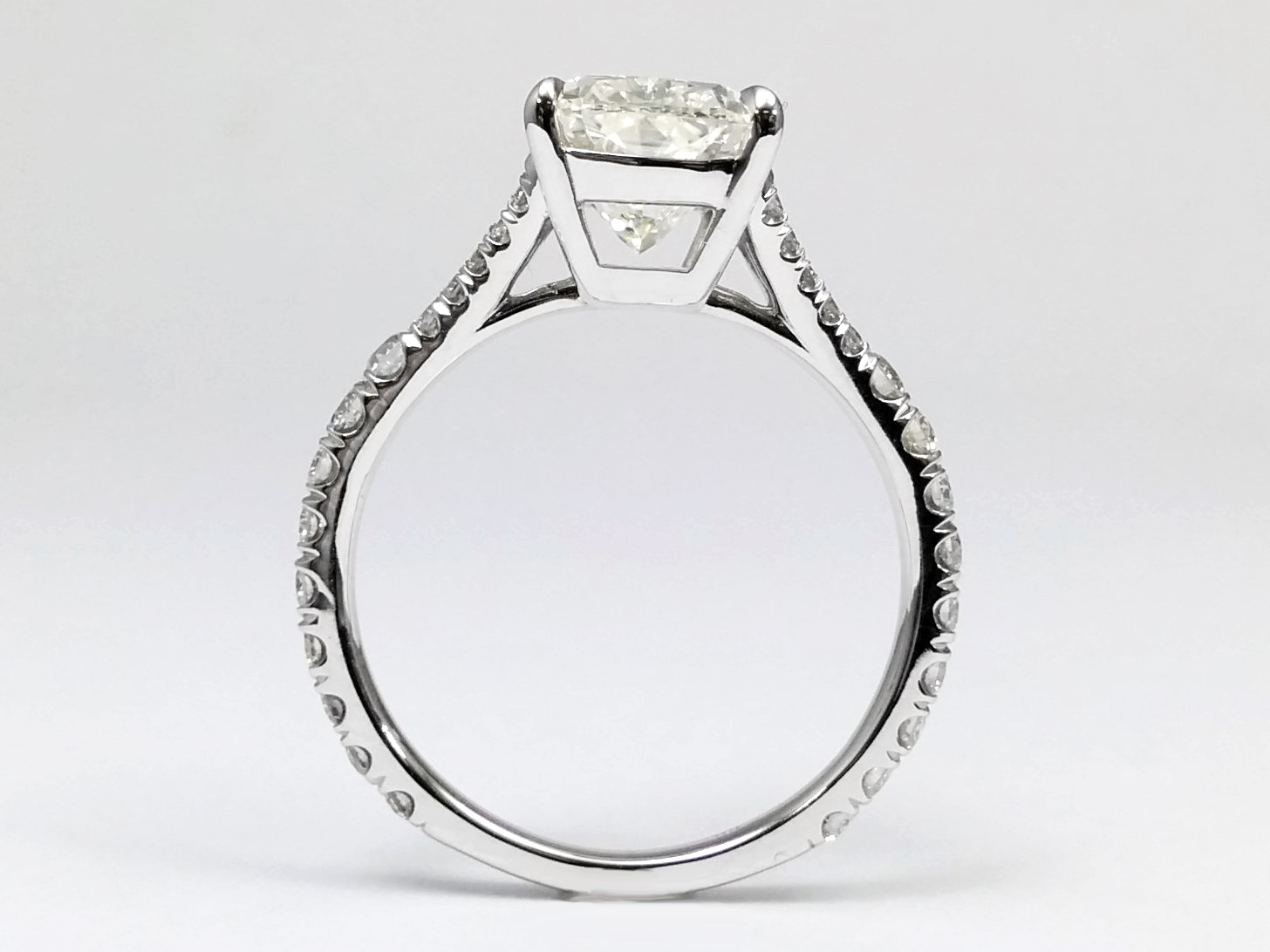 Cushion Split Band Diamond Engagement Ring in 14k White Gold