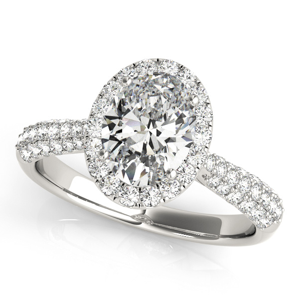 Etoil Style Oval Diamond Halo Engagement Ring