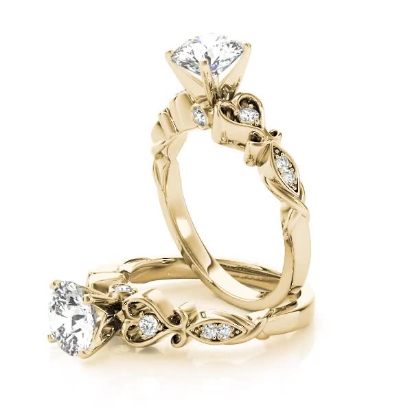 Antique Swing Heart Shape Filigree Diamond Engagement Ring in Yellow Gold