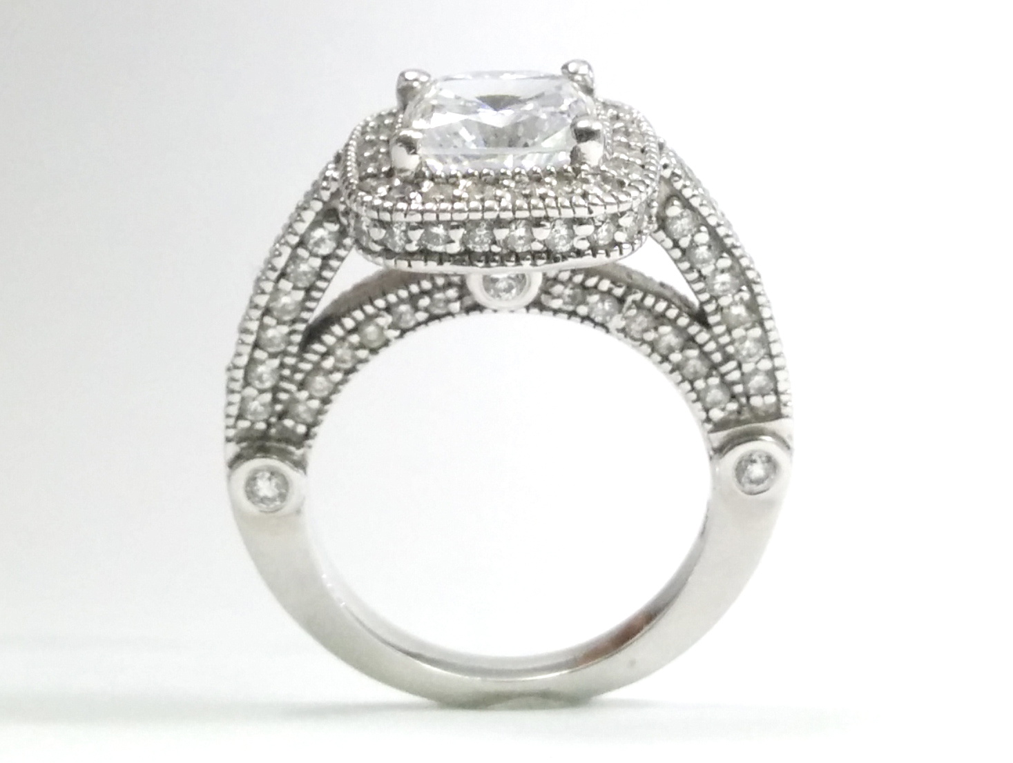 Cushion Diamond legacy style Engagement Ring 0.96 tcw.