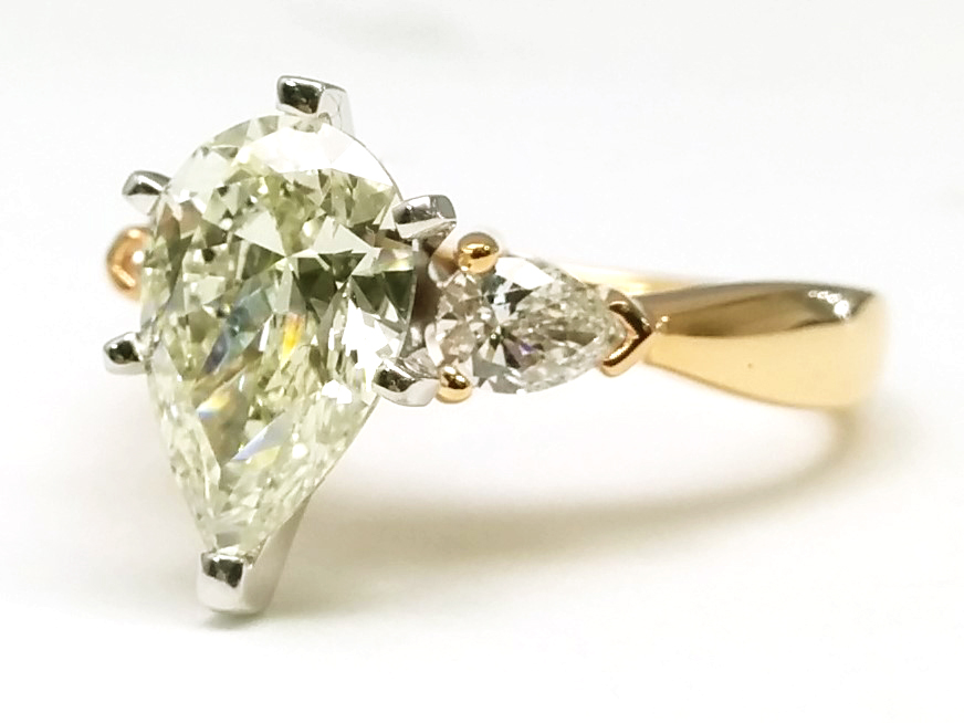 Diamond Engagement Ring Pear-Shape side stone 0.30 tcw. 14K Yellow Gold