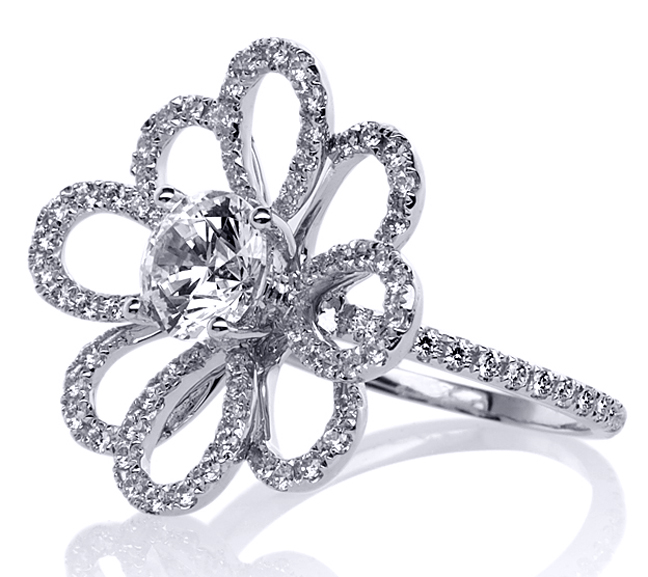 Daisy Flower Diamond Ring in 14 Karat White Gold 0.95 tcw