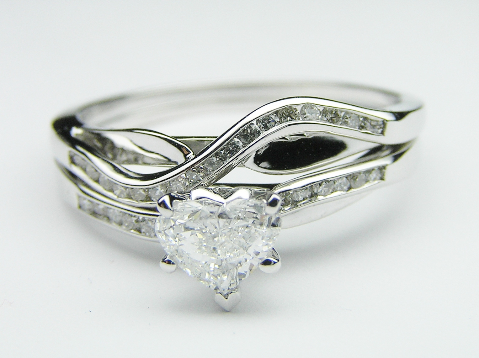 Engagement ring petite swirl heart shape engagement ring with engagement ring petite swirl heart shape engagement ring with diamond accents matching wedding band 025 tcw es721hsbs junglespirit Image collections