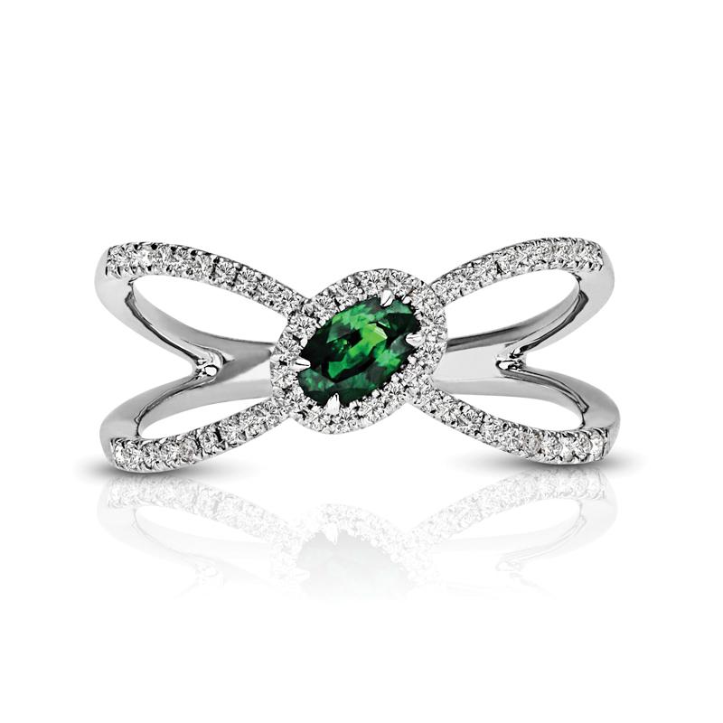 Oval Emerald Halo Diamond Ring